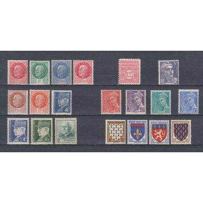 France - Petite collection de timbres neufs */** - Cote €9