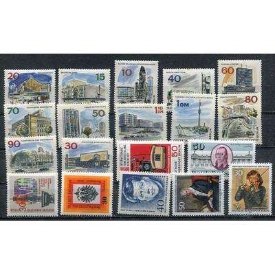 Berlin - Collection de timbres neufs (4 photos) - Cote €33