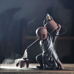 porte-encens moine