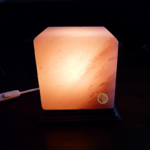 lampe sel himalaya cube