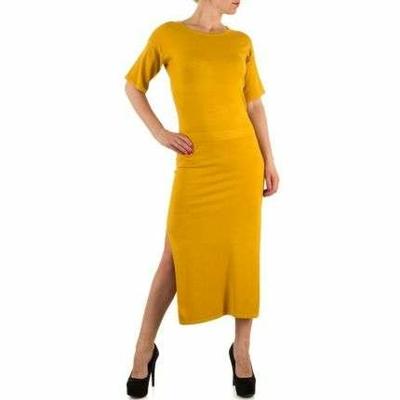 Robe pull jaune moutarde munis d'une fente