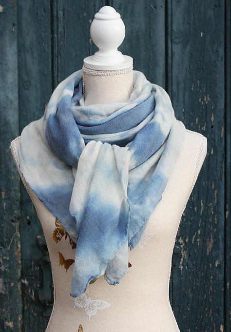 Etole Mousseline de soie Tie & Dye tendance bleu