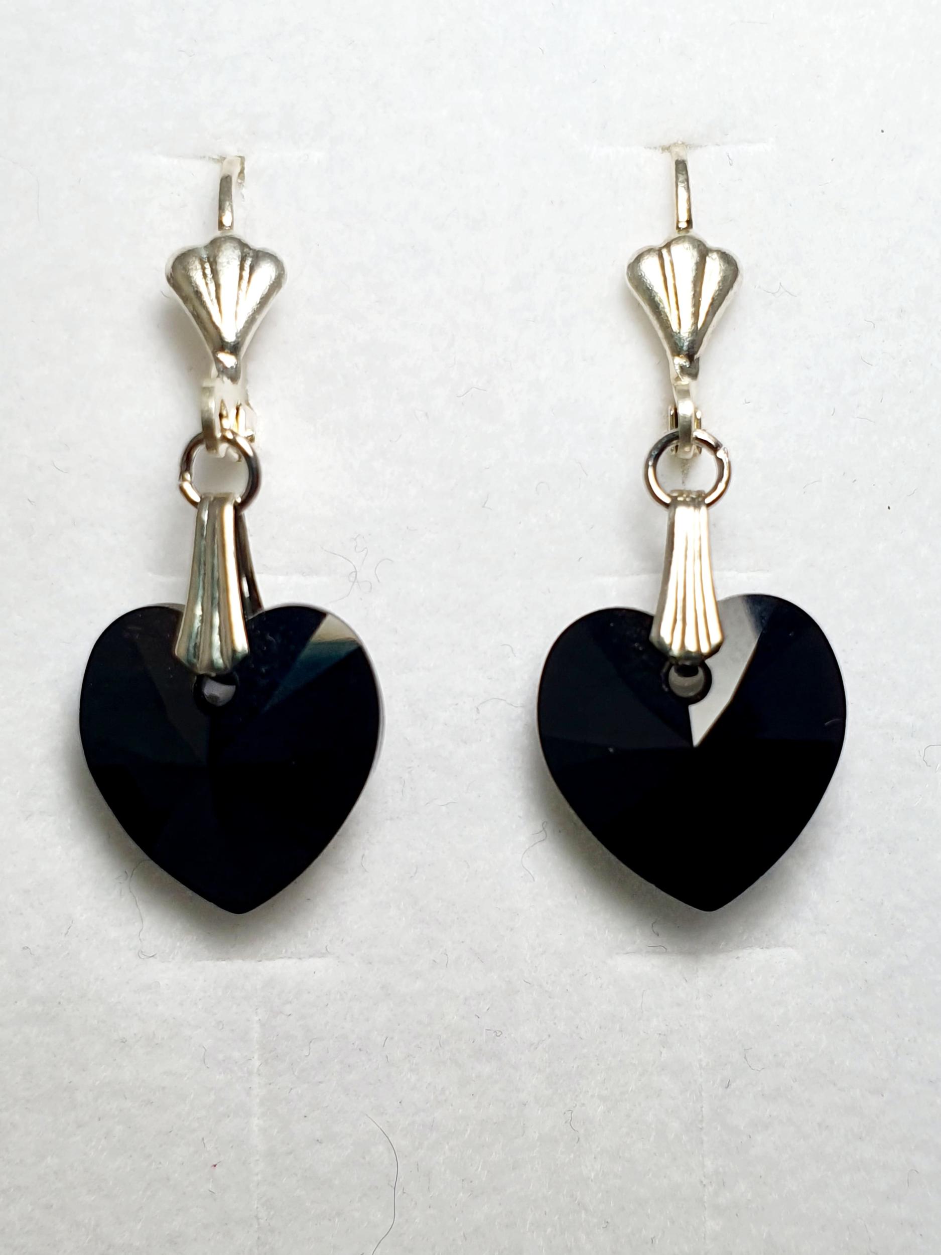 Boucles d\'oreilles coeur en cristal Swarovski noir