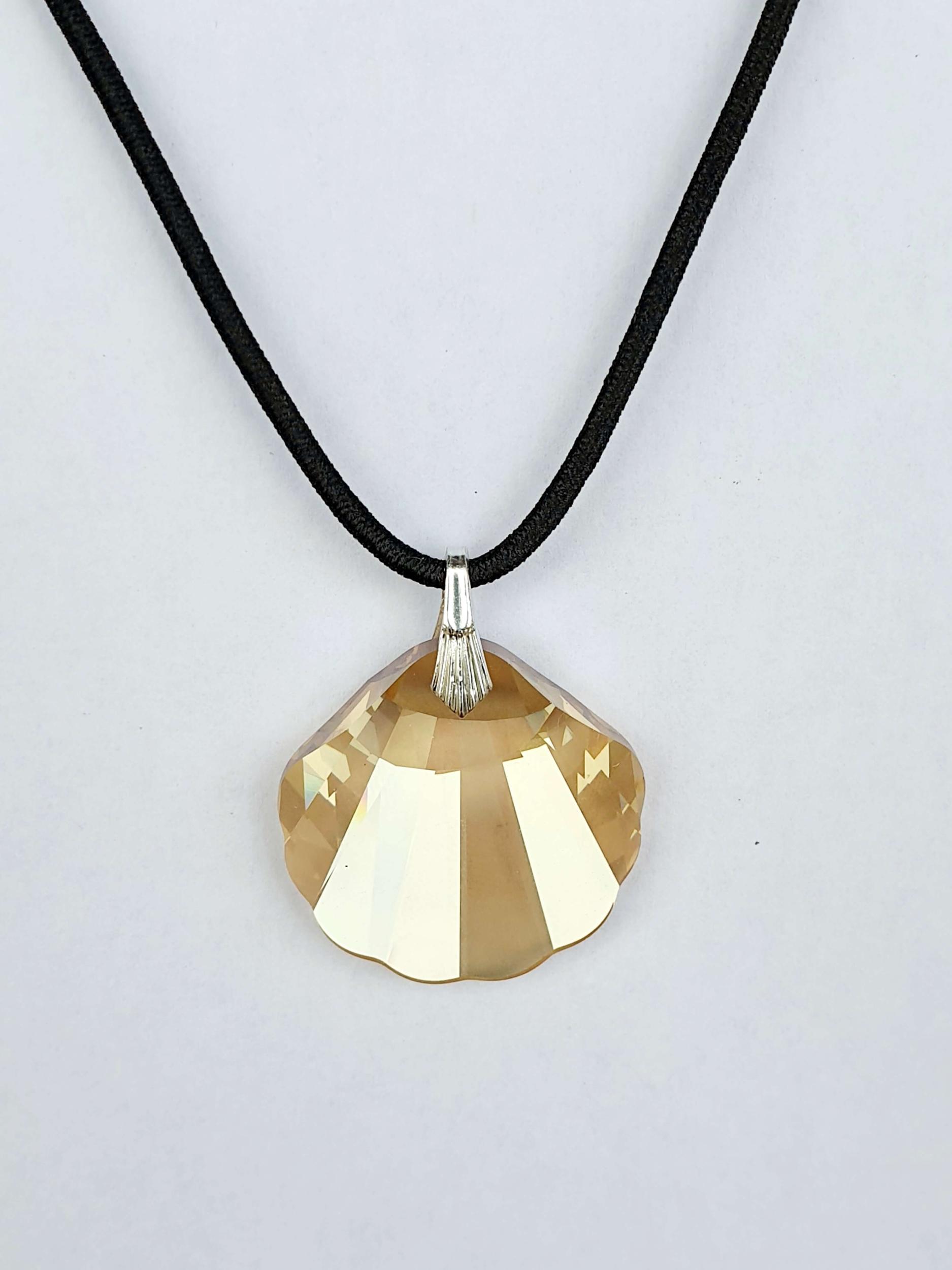 Pendentif coquillage en cristal Swarovski ambre