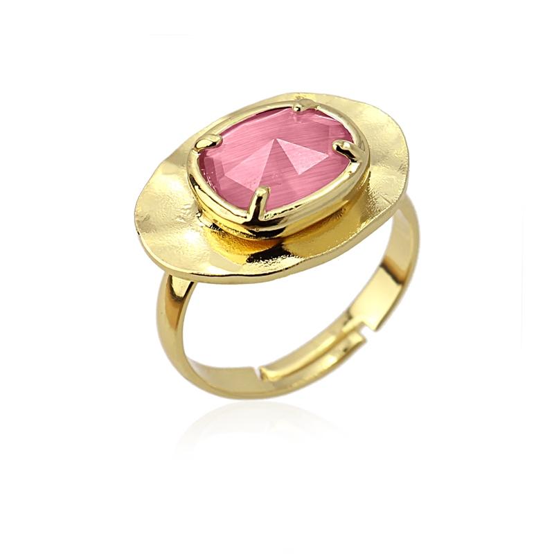 Bague ovale avec pierre oei de chat rose