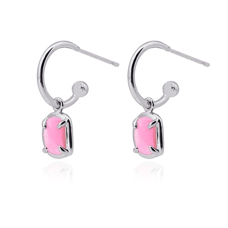 Boucles d\'oreilles avec pierre œil de chat rose