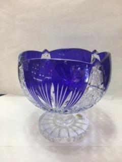 Coupe en cristal bleue
