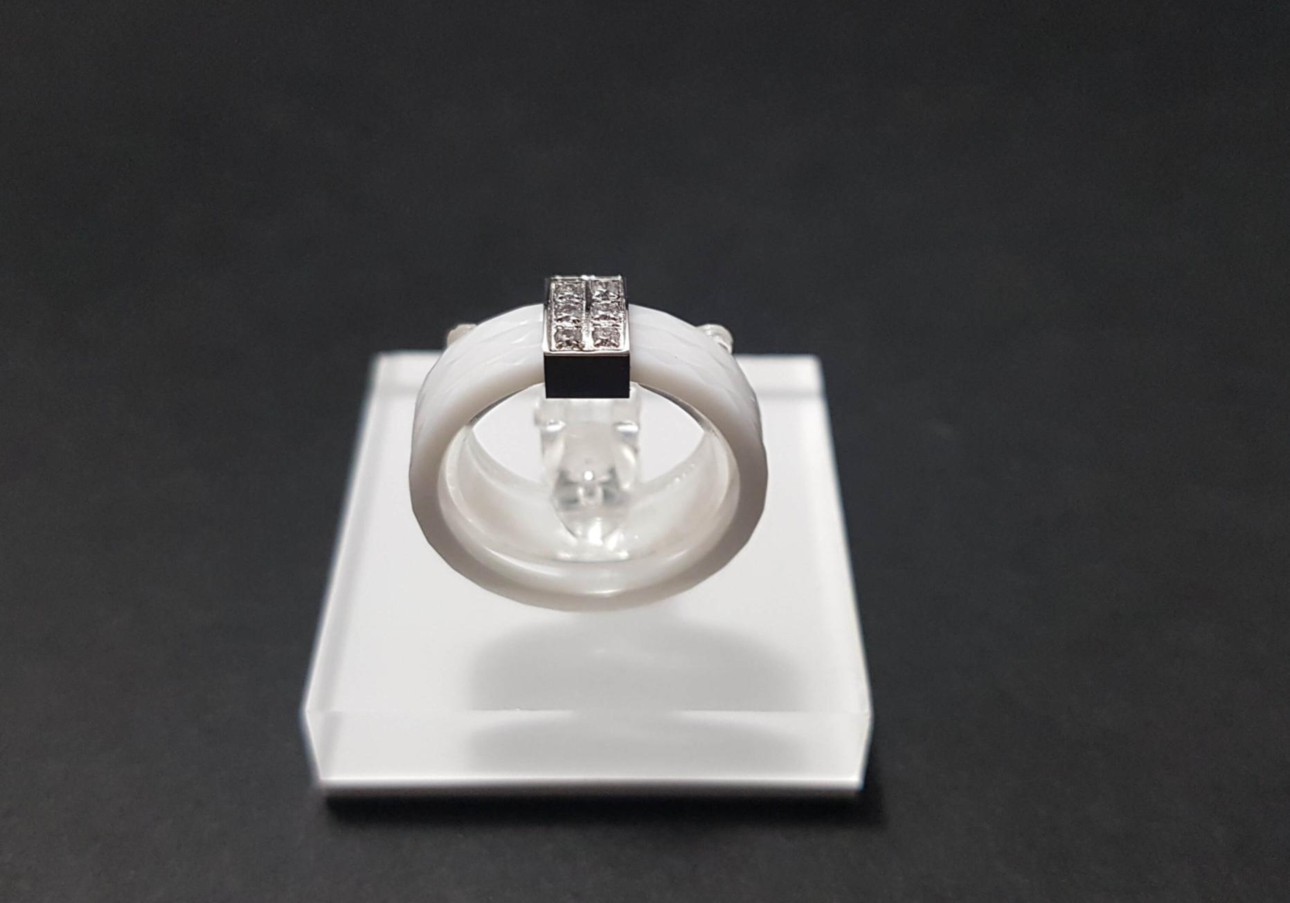 Bague en céramique, zirconium