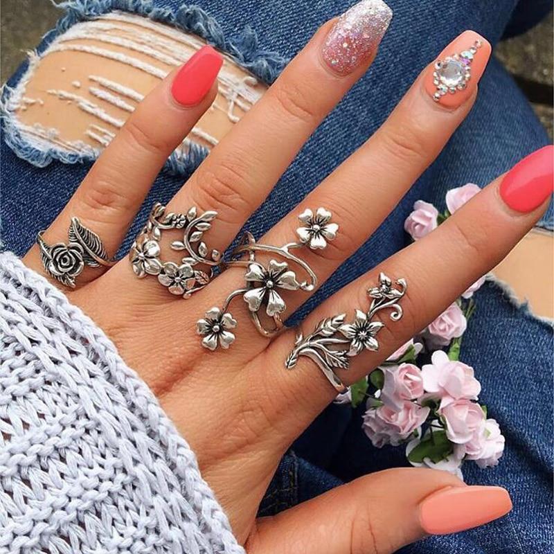 Ensemble bagues florales