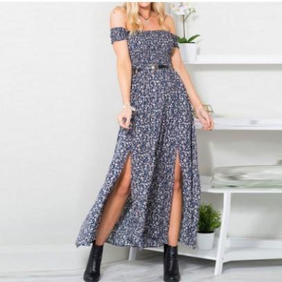 Robe fleurie col Bardot