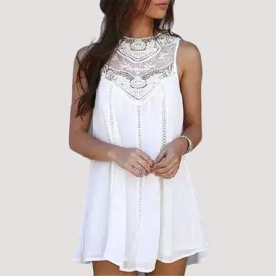 Mini robe dentelle fleurie