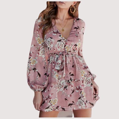Robe à fleurs courte rose