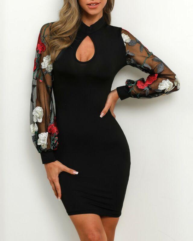 mini-robe-fleurie-moulante-sexy