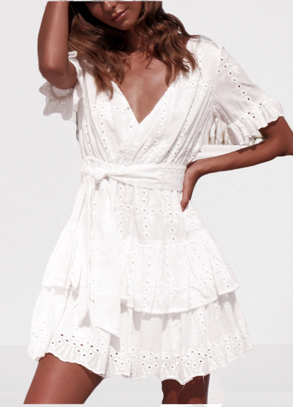robe-fleurie-courte-blanche