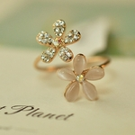 Bague-fleurs-femme