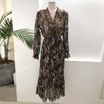 robe-fleurie-marron