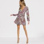 robe-courte-a-fleurs-sexy