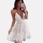 robe-blanche-fleurie-dentelle-blanche
