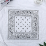 bandana-fleuri-blanc