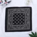 bandana-fleuri-noir