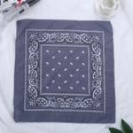 bandana-fleuri-gris