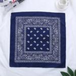 bandana-fleuri-bleu-marine