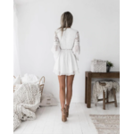 robe-fleurie-blanche-dentelle-sexy