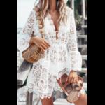 robe-a-fleurs-dentelle-courte