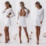 robe-blanche-fleurie-femme