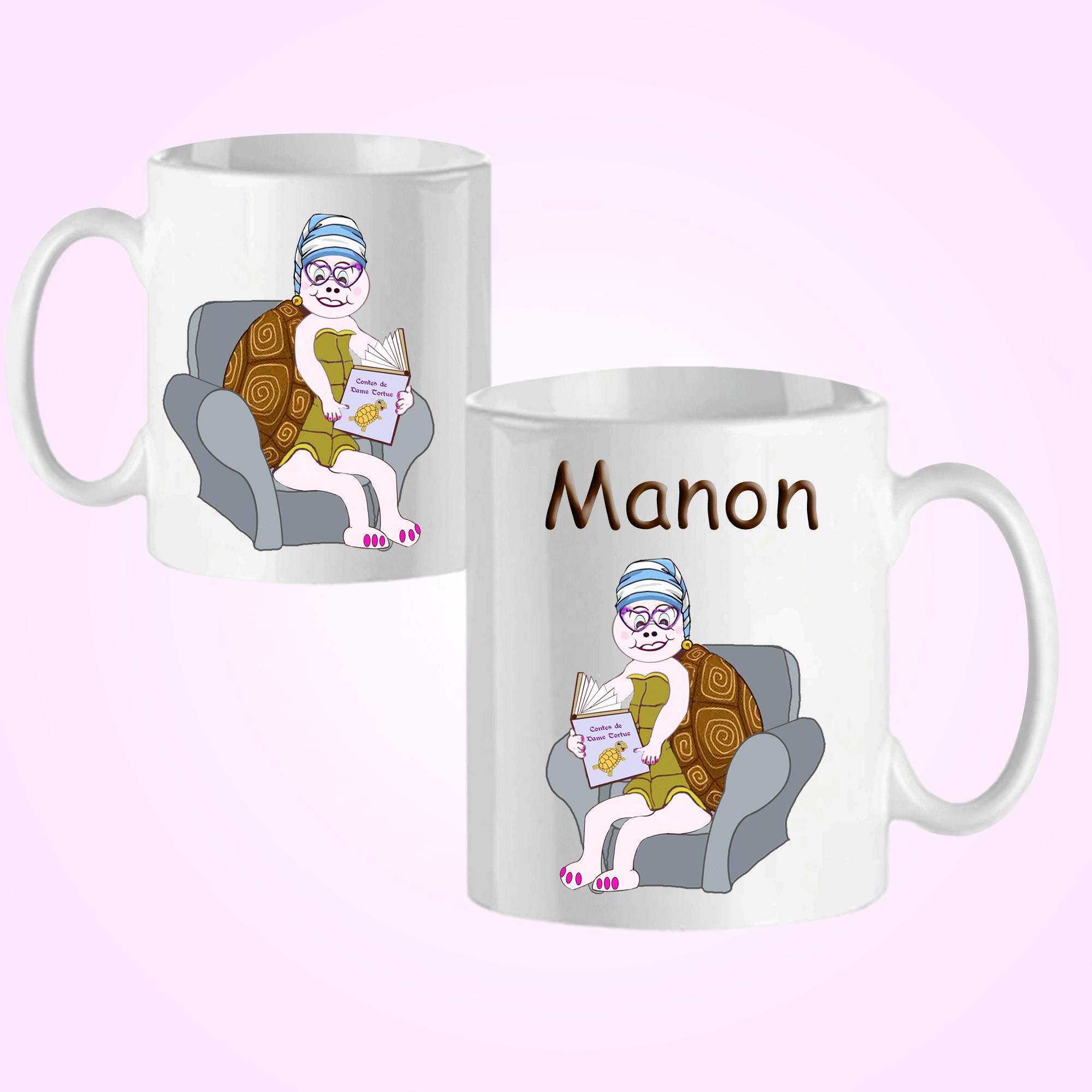 Mug tortue bonnet avec un prénom exemple Manon