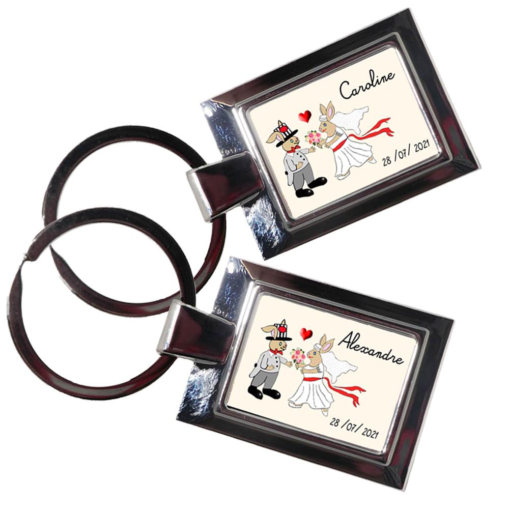 Porte clés mariage personnalisé un exemple Caroline, l\'autre Alexandre.