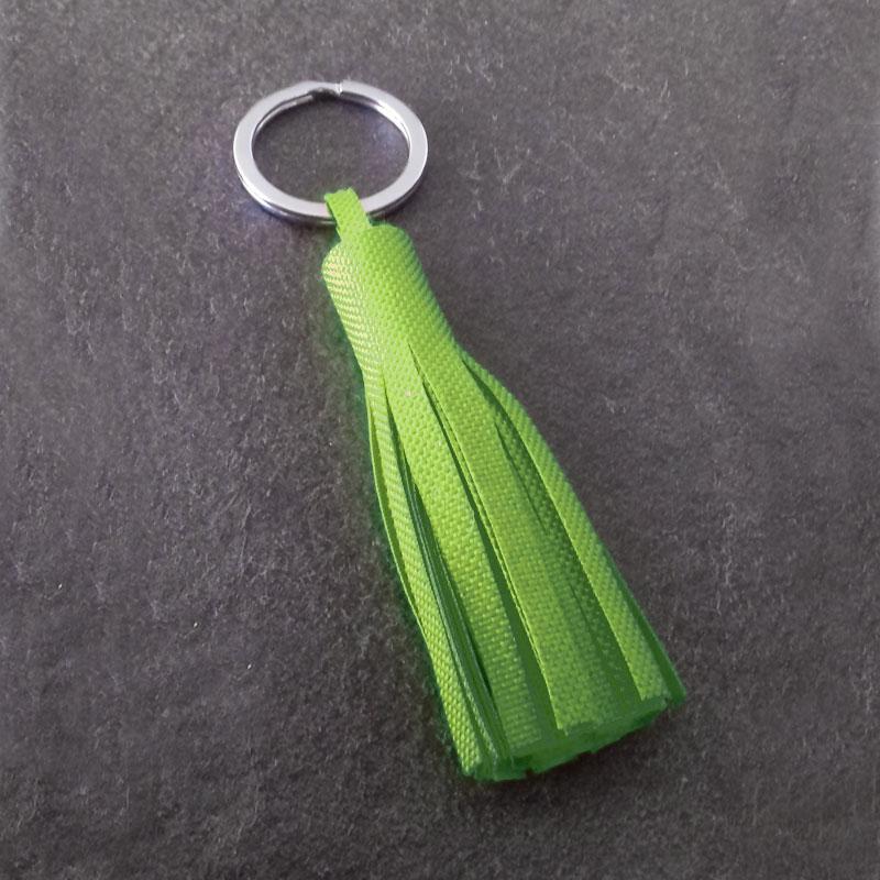 Porte-clé à pompom vert