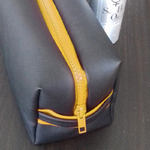 designdelo-trousse-jaune-in-situ-01