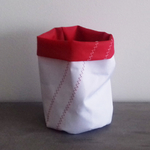 designdelo-videpoche-blanc-rouge-in-situ-01