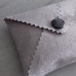 designdelo-portemonnaie-taupe-insitu4-01
