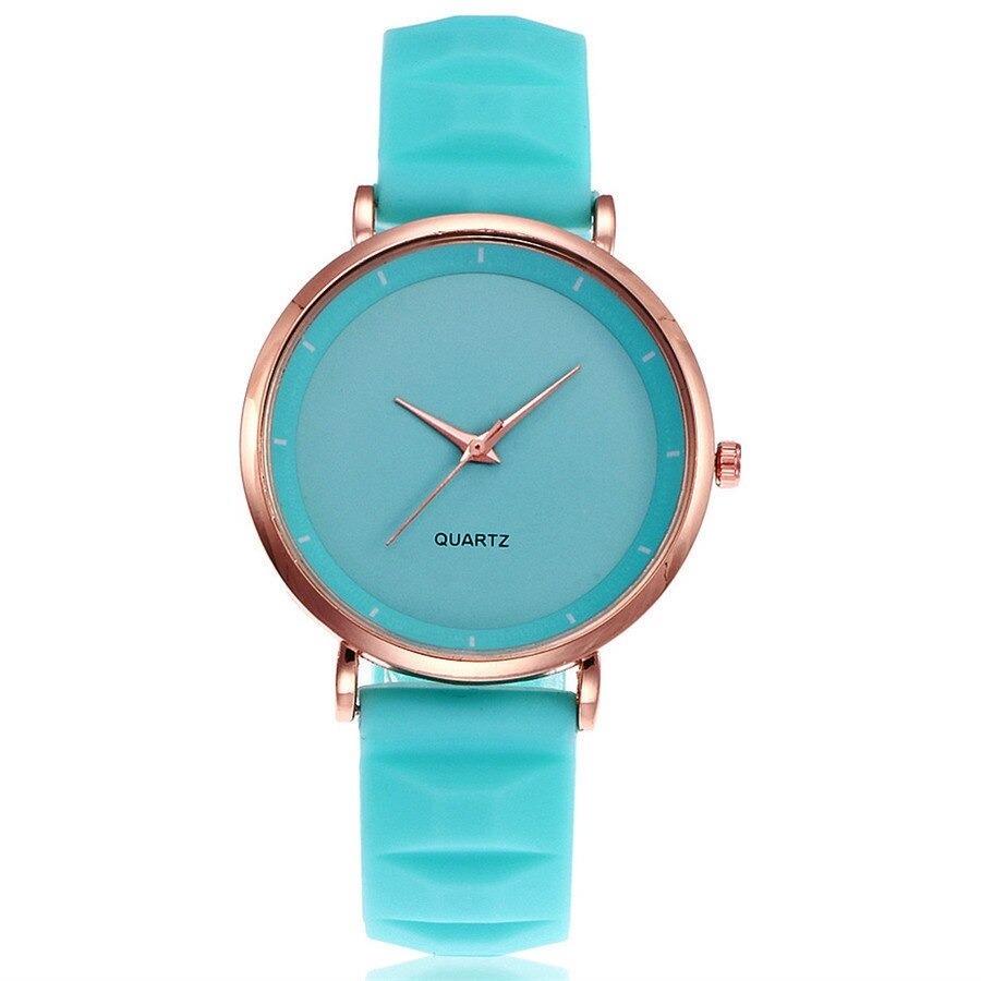 Montre bracelet silicone avec son style élégante et charmante