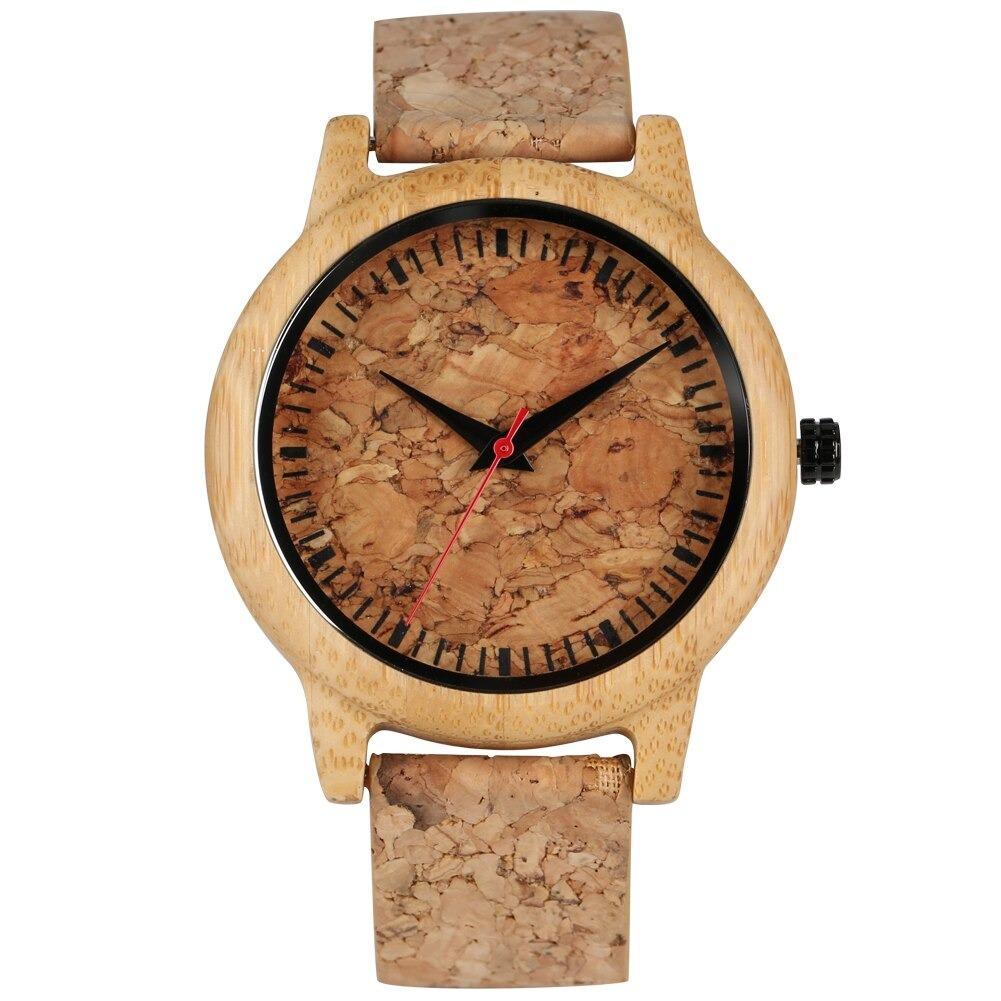 Montre en bois pour couple désirant avec la même montre