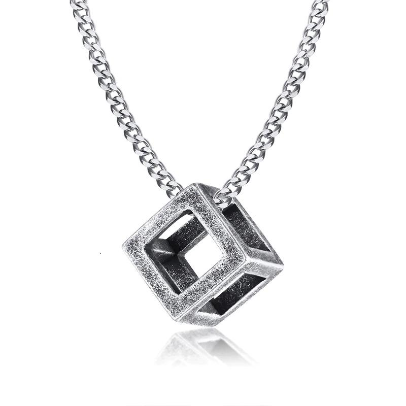 Pendentif en triangle et carré qui s\'emboîtent pour homme, bijou homme