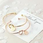 Nouveau-Mode-femmes-hommes-amoureux-bracelet-Chaude-Rose-Or-Argent-Alliage-Lettre-Charme-Bracelet-Femelle-Personnalit