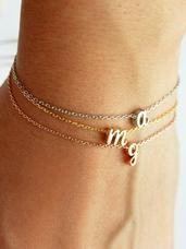 Bracelet-initiale