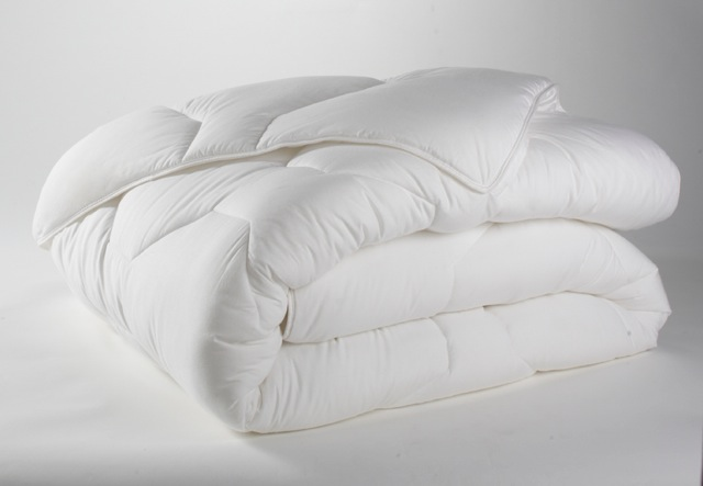 Couette 140x200 350g/m2 blanche