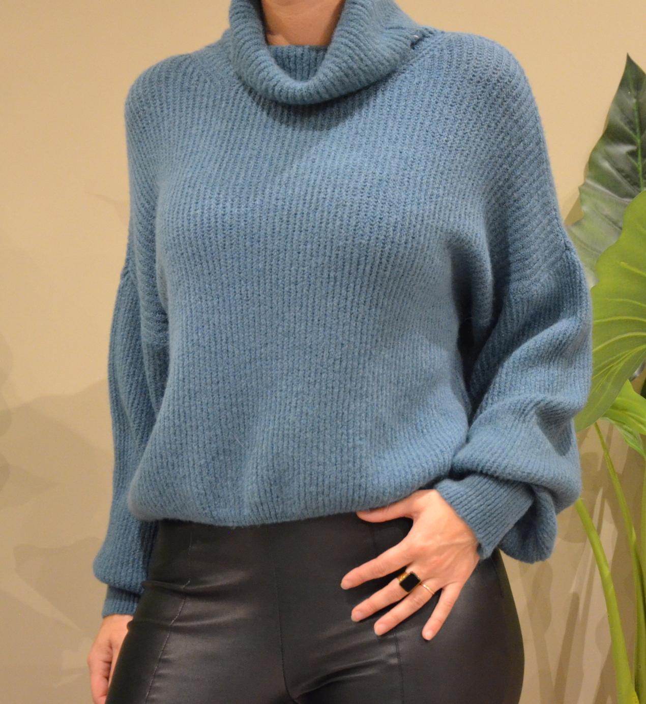 Le pull col roulé  Lili  bleu