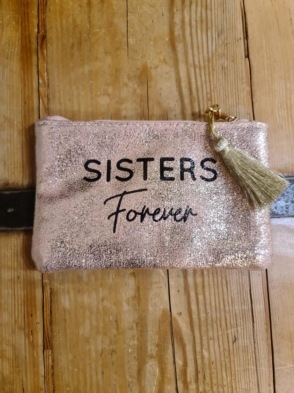 La pochette  Sister forever  or rose
