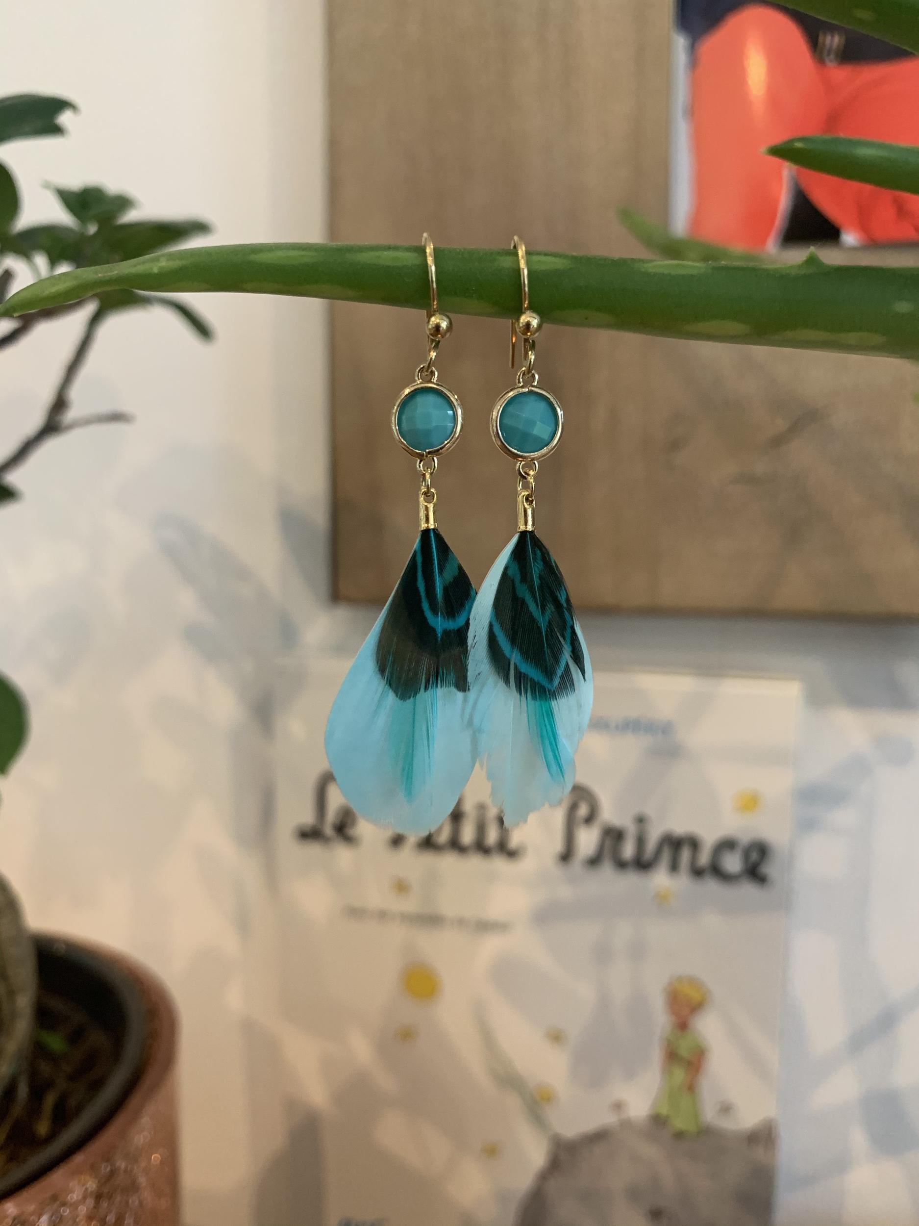 Les boucles «Plume» bleues