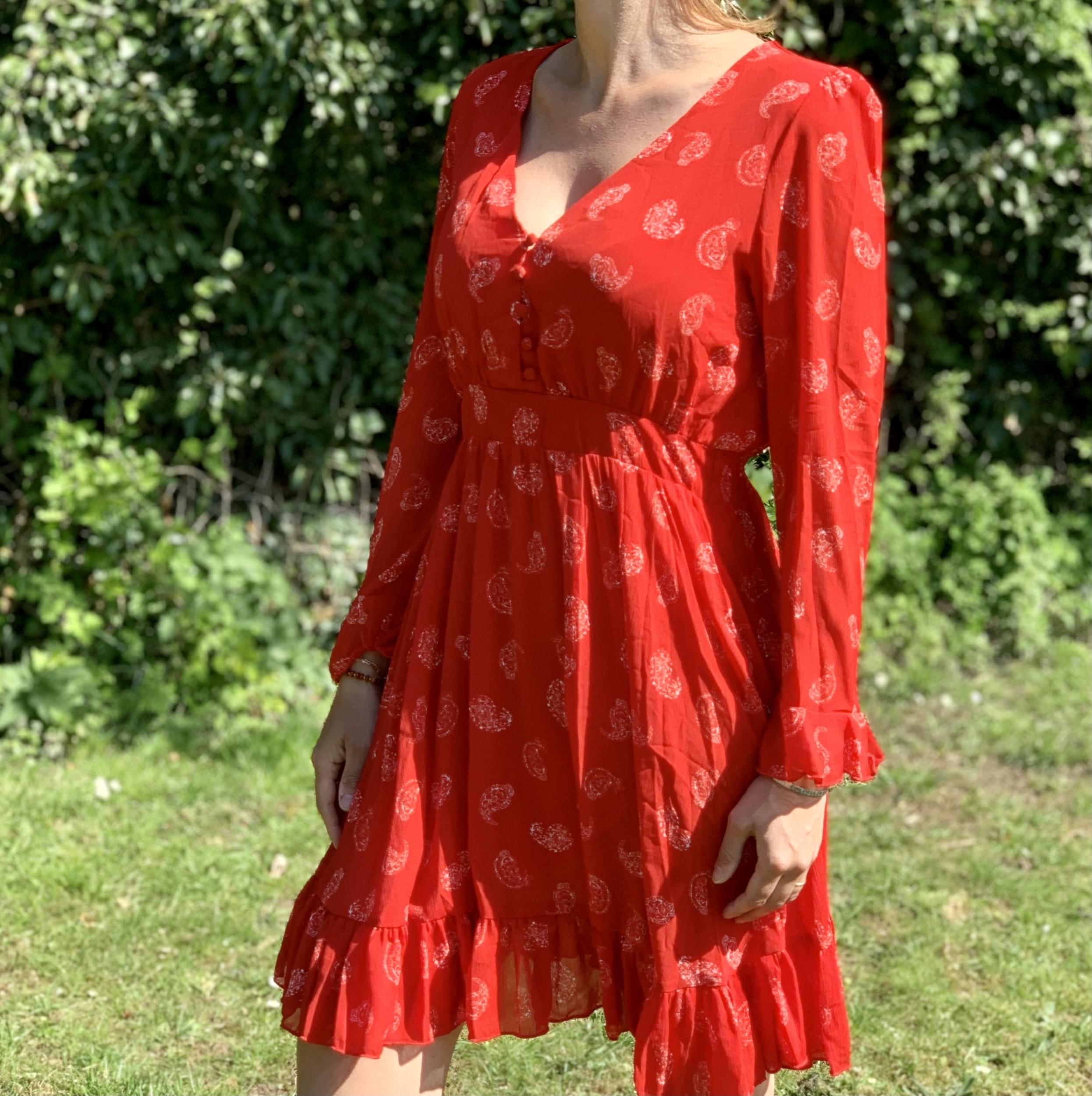 La robe «val» rouge