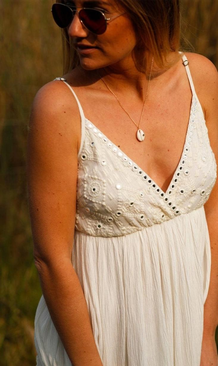 Robe Malaga blanche