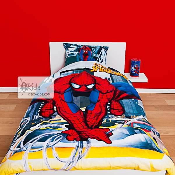 housse de couette spiderman 140 x 200 cm parure de lit swing decokids. Black Bedroom Furniture Sets. Home Design Ideas