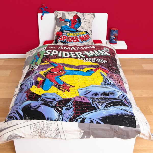 housse de couette spiderman 200 x 200 cm parure de lit. Black Bedroom Furniture Sets. Home Design Ideas