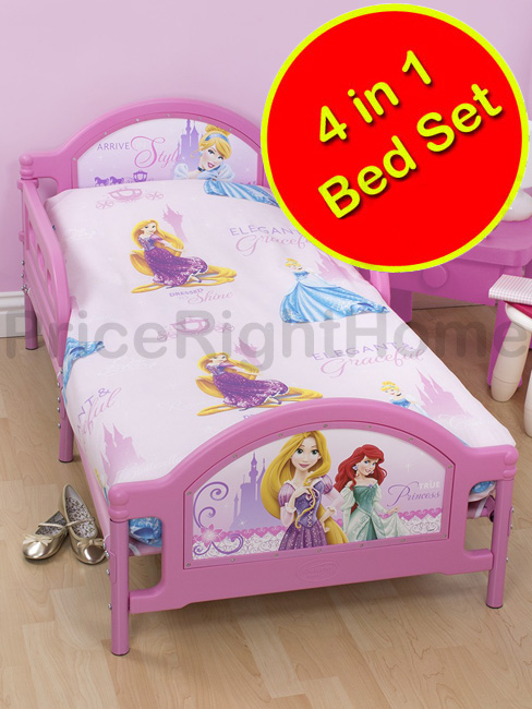 disney princesse set 4 en 1 housse de couette 120 x 150 cm taie oreiller couette. Black Bedroom Furniture Sets. Home Design Ideas