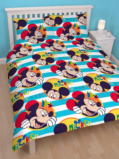 mickey parure de lit housse de couette 200 x 200 cm boo mickey decokids tous. Black Bedroom Furniture Sets. Home Design Ideas
